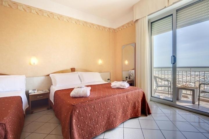 Capodanno Hotel Ambra Rimini Foto